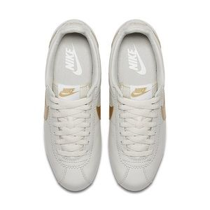 Nike Shoes - Women's NIKE CLASSIC CORTEZ LEATHER Gold / White